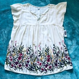 NWT Old Navy | Cream Wildflower Flutter Blouse
